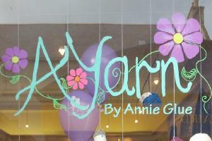 Ayarn By Annie Glue